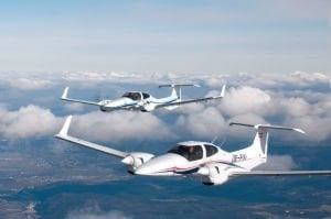 Diamond DA42 Flying