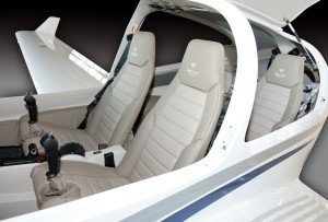 Diamond DA40 Tundra interior