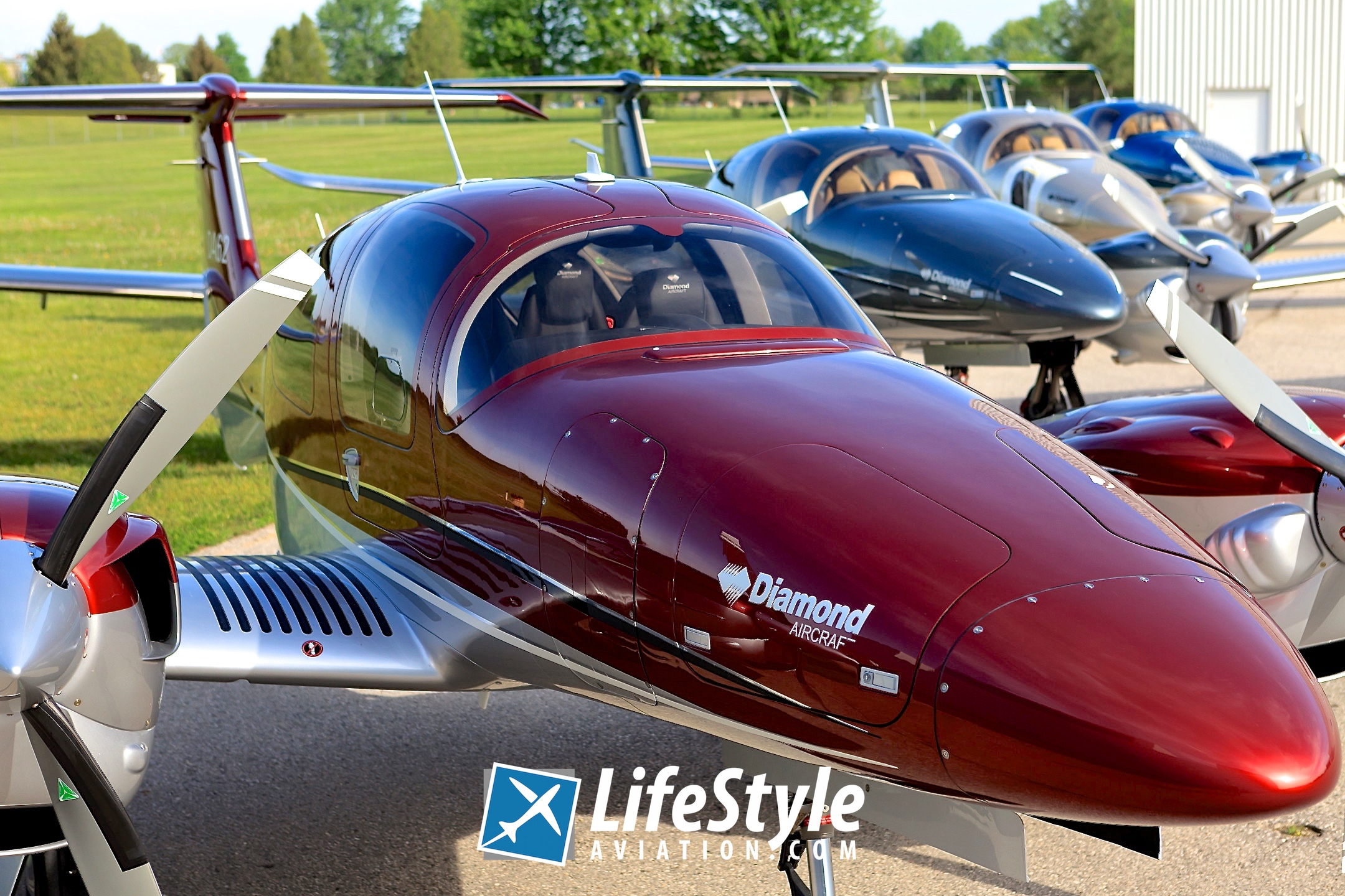 LifeStyle Aviation | LifeStyle Delivers First Diamond DA62 with